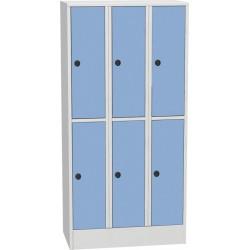 Horizontálně dělená šatní skříň s kompaktními laminátovými dveřmi
